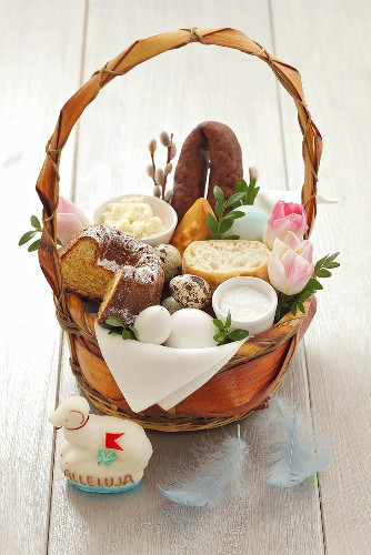 Polish Easter basket full of food and cakes