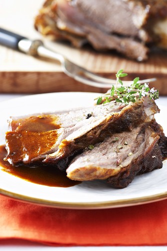Veal shank with gravy