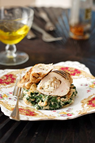 Chicken breast fillet with spinach and Gorgonzola stuffing