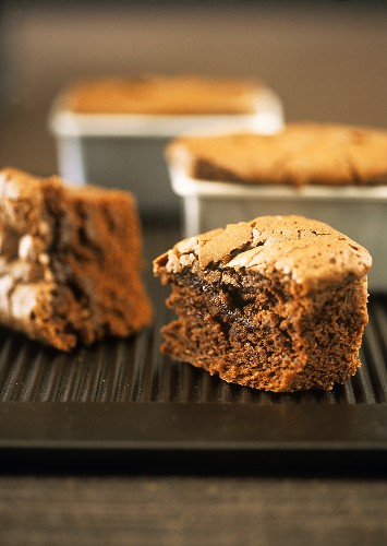 Small chocolate cakes