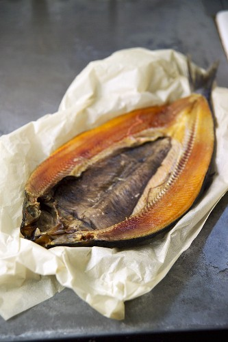 Kipper (cold-smoked herring, England)