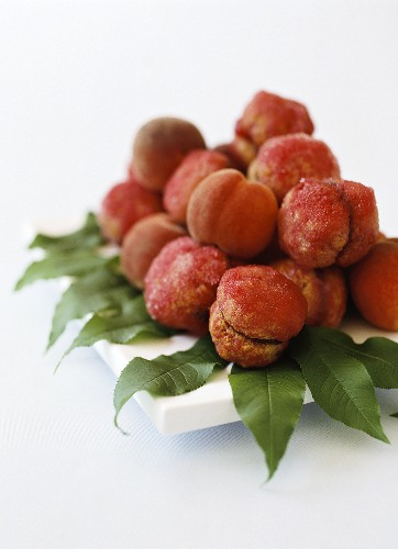 Artificial peaches