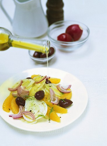 Insalata di arance (Orange salad with fennel and onions)