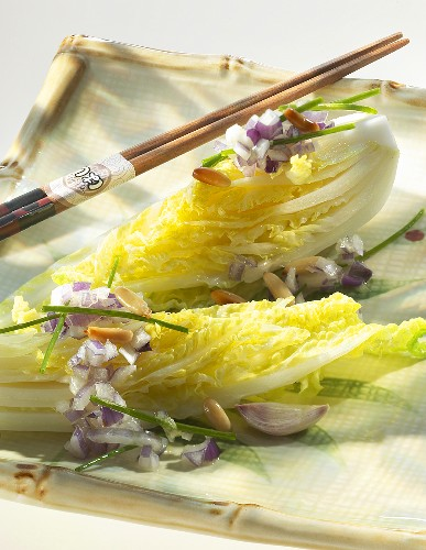 Chinese cabbage salad with brown butter