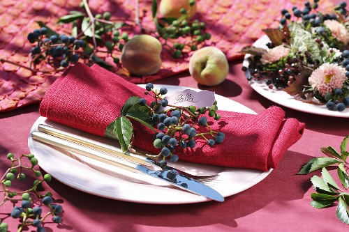 Place-setting decorated with Boston ivy
