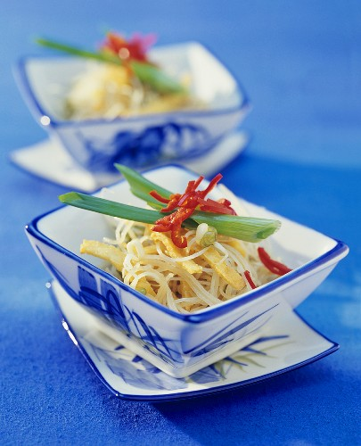 Rice noodles with omelette strips and chilli