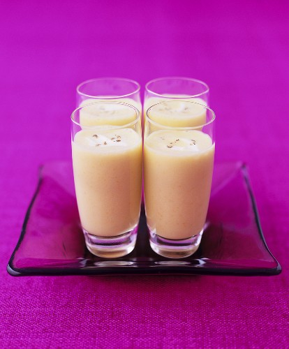 Pear and Stilton soup in glasses