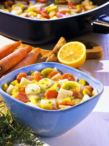 Gestovtes Gemüse (vegetables cooked in a white sauce, Schleswig-Hostein)