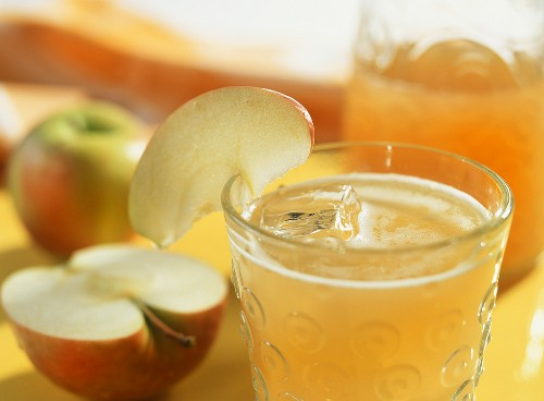 Sparkling apple juice