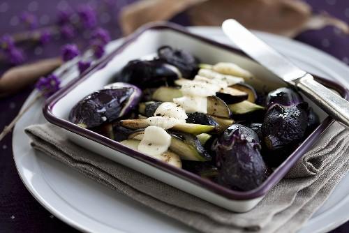Baby aubergines baked with mozzarella