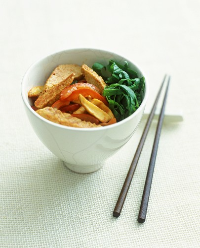 Quorn and vegetable stir-fry