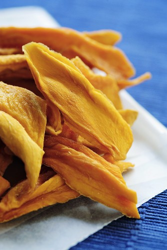 Dried mango slices (S. Africa)