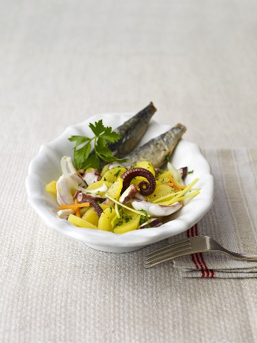 Sarde fritte con polipo e patate (baked sardines with octopus and potato salad)