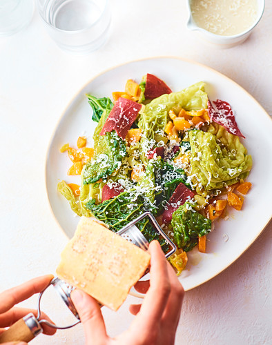 Green cabbage with parmesan cream