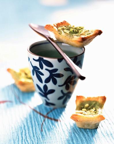 Matcha tea and pear mini tarts