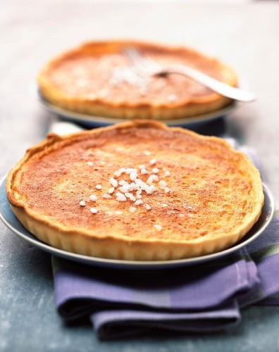 Eggnog tarts
