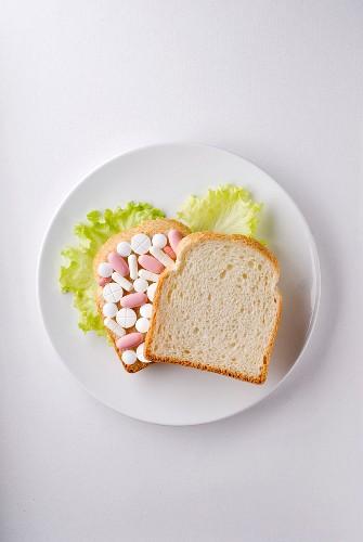 Sandwich of pills