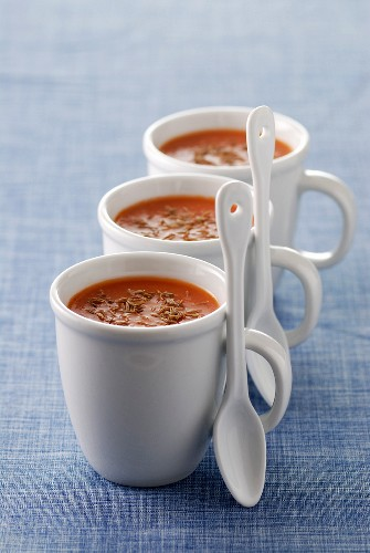 Tomato soup with cumin and turmeric
