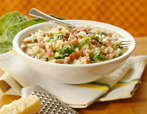Risotto with cabbage and bacon