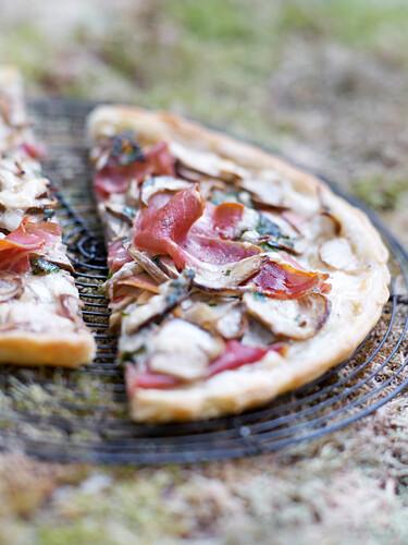 Cep and raw ham thin pastry tart