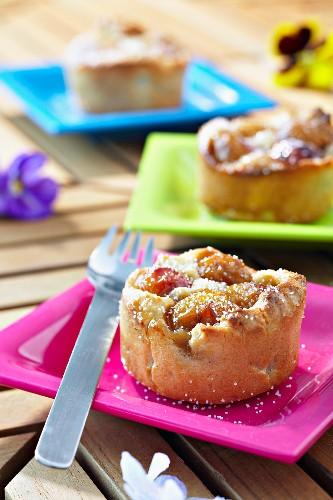 Small mirabelle pie