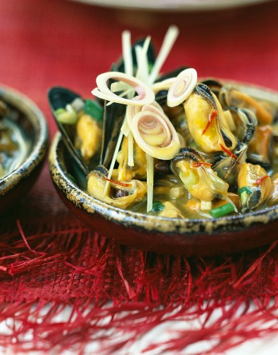 Mussels with citronella butter sauce