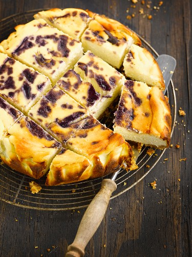Apple and blueberry cheesecake