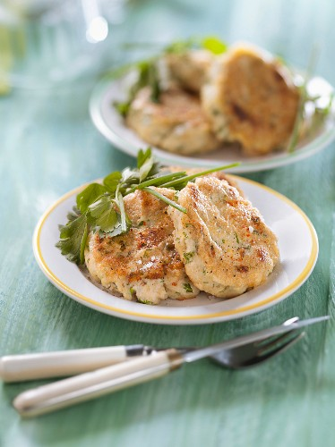 Goat's cheese and herb patties
