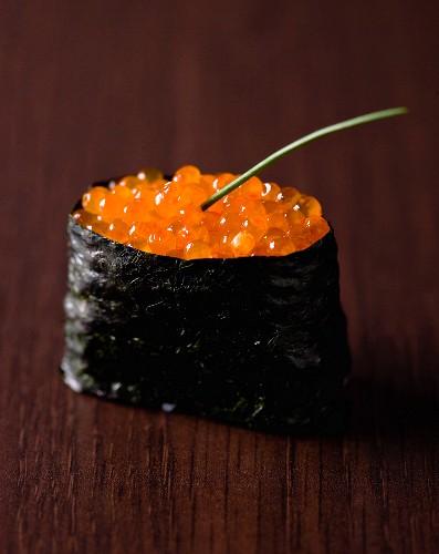 Salmon egg Gunkan