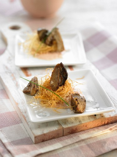 Crisp nests with boletus