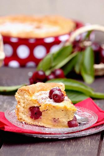 Yeast cake with cherries
