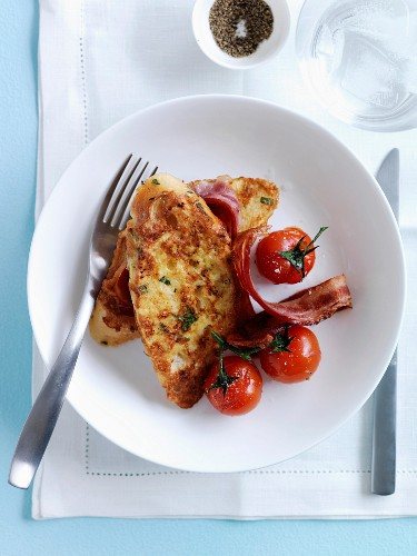 French toast with bacon and cherry tomatoes