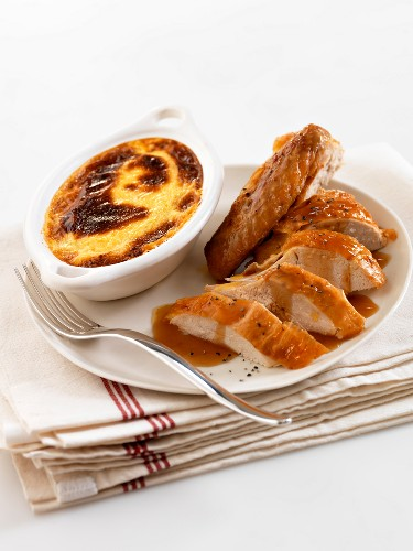 Roasted Bresse capon with spices and Bressane Parmentier