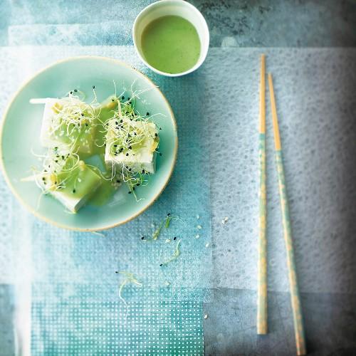 Tofu cubes with green tea and alfafa cream