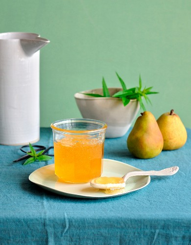 Verbana-flavored pear jelly