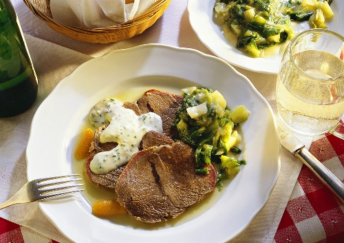 Beef cooked in Broth Vienna-style with Lettuce