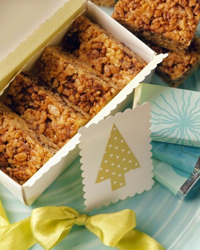 Puffed rice bars with chocolate chips for Christmas
