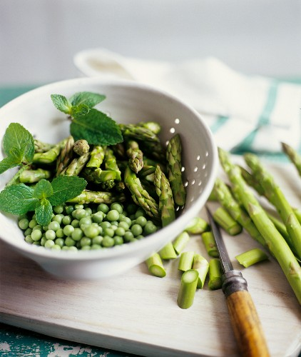 Preparing Asparagus and Peas with Mint