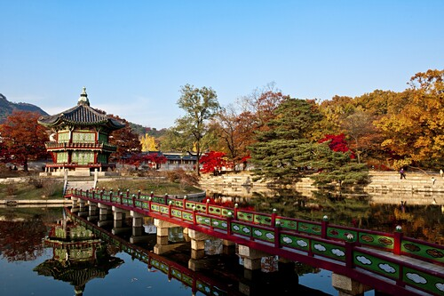 Gyeongbok palace, hyangwonjeong, fall foliage, autumn