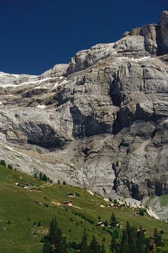 Südwand der Les Diablerets beim Derborence See, Kanton Wallis, Schweiz
