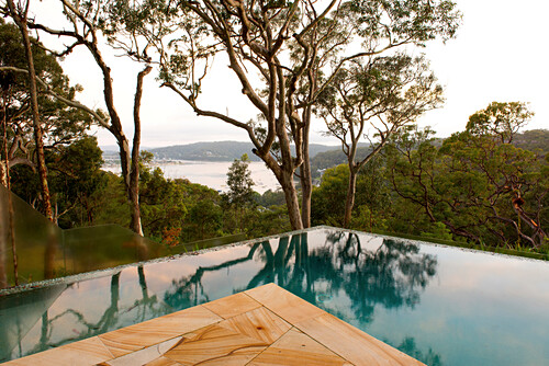 Der Infinitypool des Pretty Beach House hat herrliche Ausblicke, Central Coast, New South Wales, Australien