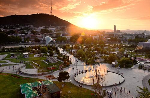 Blick über den Rike Park, Tiflis, Georgien