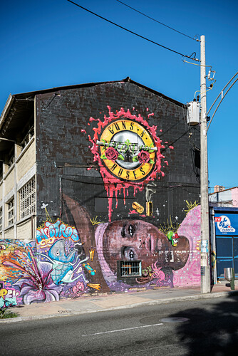 riesiges Guns n Roses Graffiti an Hauswand Medellin, Departmento Antioquia, Kolumbien, Südamerika