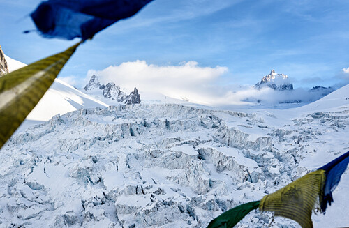 View from the hut Refuge de Requin to the icefall Séracs du Géant and the summit of La Tour Ronde, Chamonix, Haute-Savoie, France