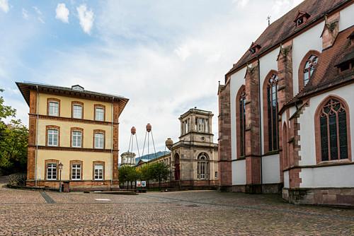 Friedrichsbad und Stiftskirche, Baden-Baden, Schwarzwald, Baden-Württemberg, Deutschland