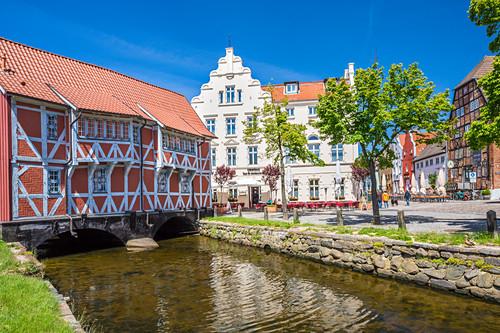 Fachwerkhaus, Runde Grube und Brauhaus am Lohberg, Hotel New Orleans, Wismar, Mecklenburg-Vorpommern, Deutschland