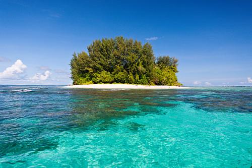 View of the islands of Balgai Bay, New Ireland, Papua New Guinea