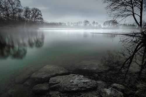 Mystische Abendstimmung am Waldschwaigsee, Oberbayern, Bayern, Deutschland, Europa
