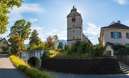 Kirchstraße mit Sicht auf Pfarrbücherei und Pfarramt St. Gallus, Bregenz, Vorarlberg, Österreich