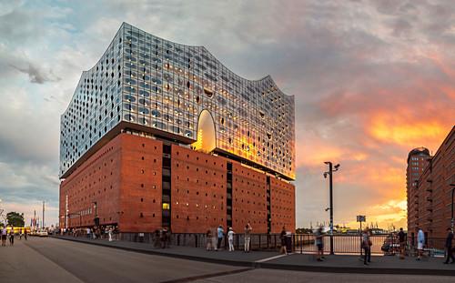 Elbphilharmonie im Hamburger Hafen, Hamburg, Deutschland